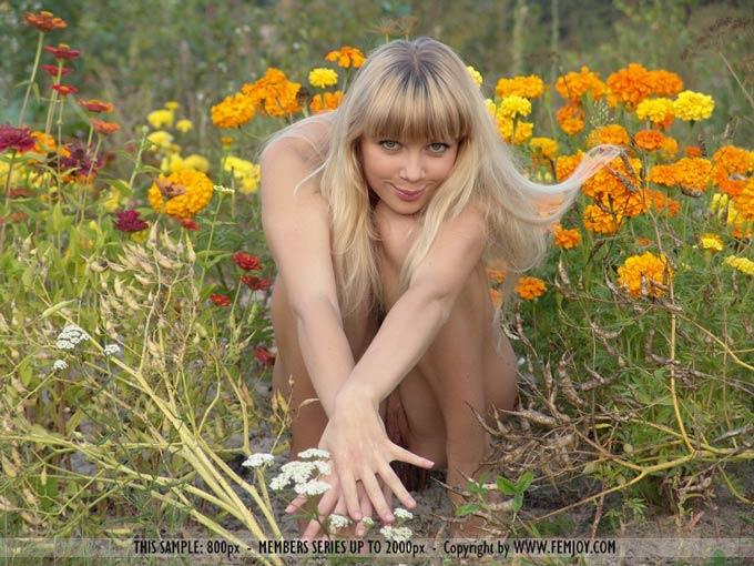 elegant blonde beauty sean michaels struggles with a long black