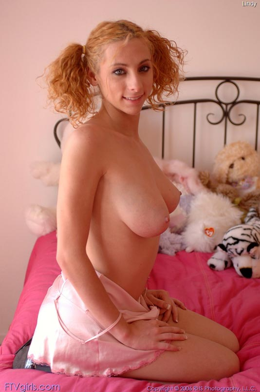 Hot naked girls with big boobs pussy
