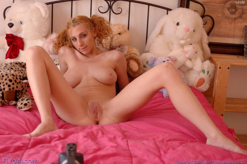 Suggest redhead lindy ftv that